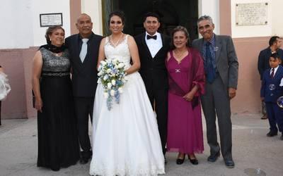 290716c7d Carlos y Cinthia unen sus vidas en sagrado matrimonio - El Sol del Bajío