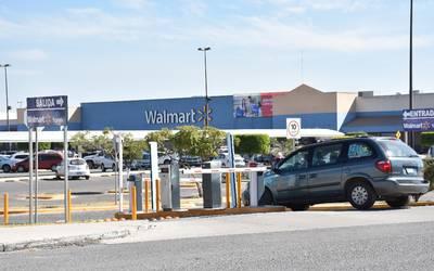 Clausurarán Plumas De Sam S Y Walmart El Sol Del Bajío