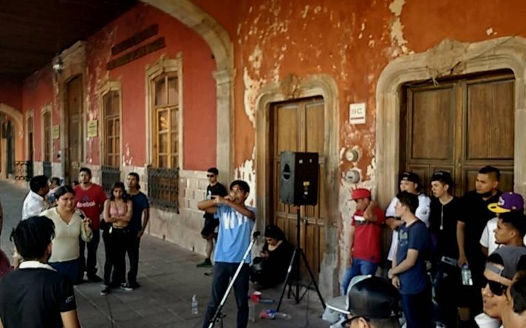 Conmemoran 101 Aniversario Del Natalicio De La Poeta Guanajuatense Emma Godoy El Sol Del Bajio
