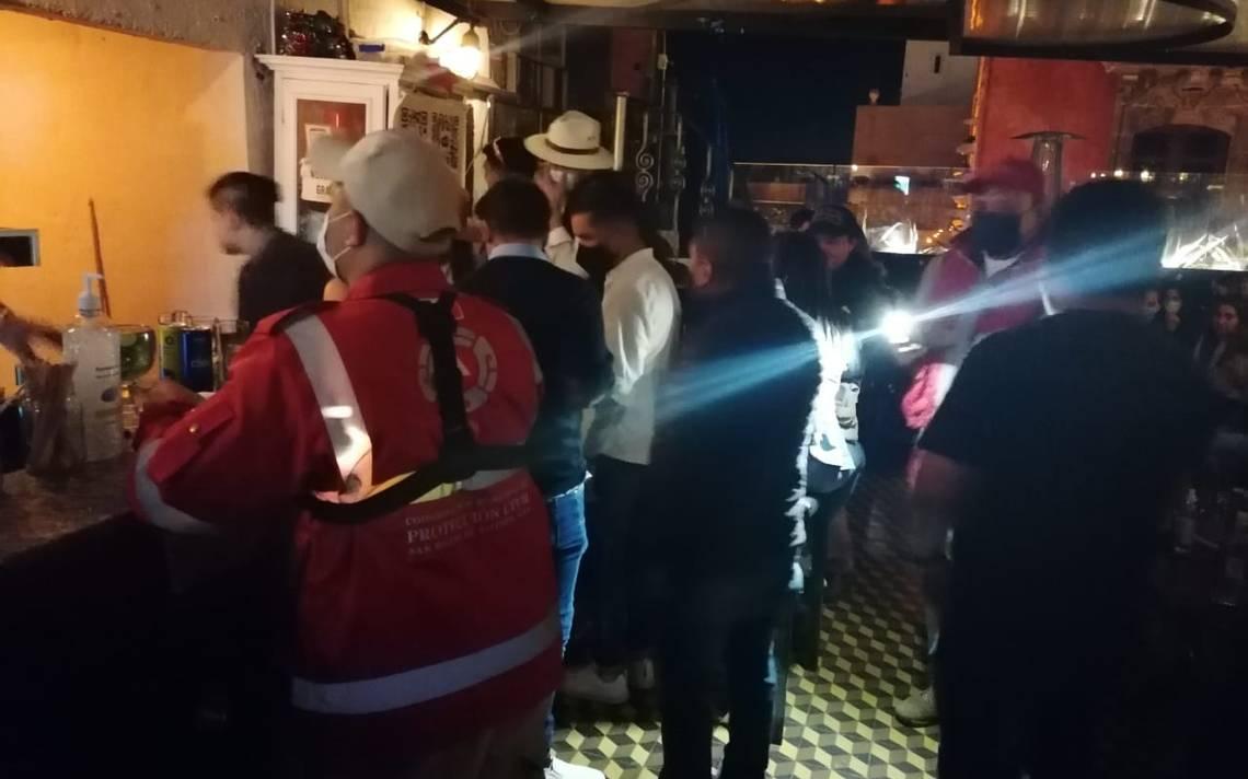 """Clausuran bar """"La Chula"""" en San Miguel de Allende por sobrecupo y falta de  medidas sanitarias - El Sol del Bajío"""